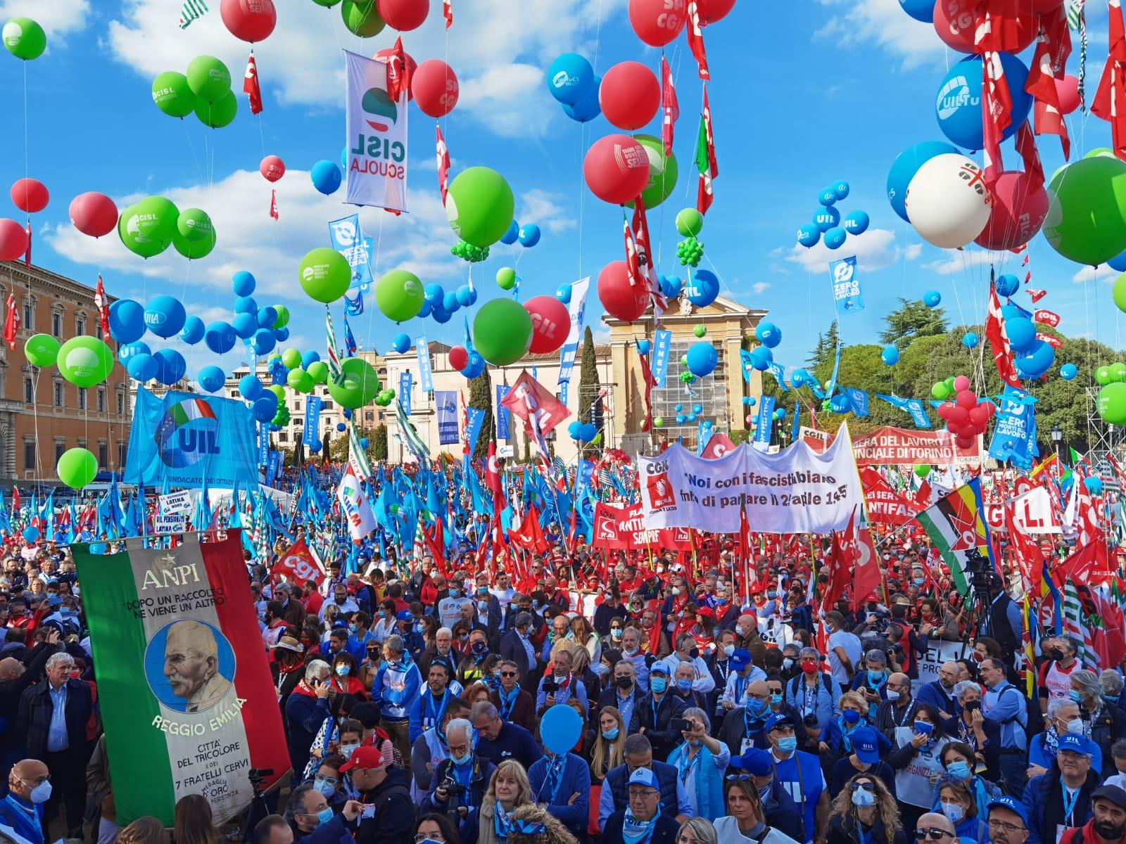 manifestazione nazionale sindacati a Roma